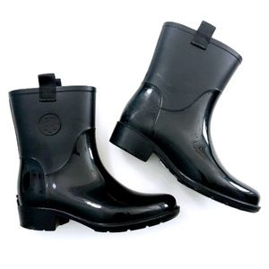 Tommy Hilfiger Womens Black Rain Booties 7